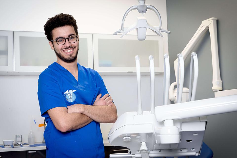 Dr Ali Otmani