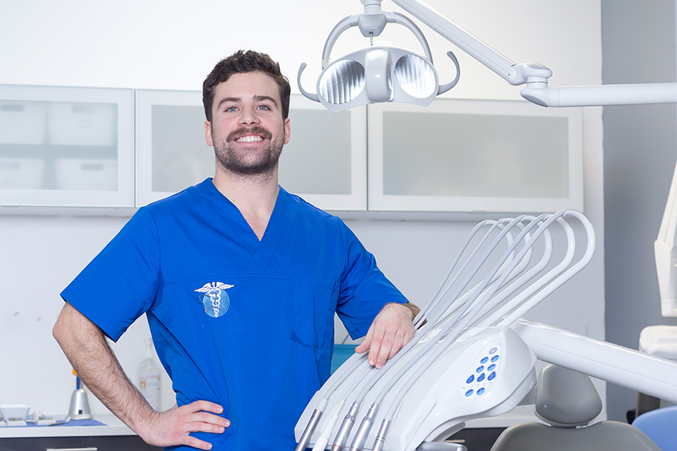 Dr Pedro Preto - Dentiste Epinay sur Seine